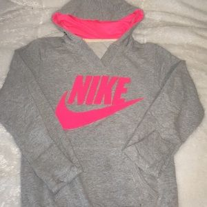 Nike gym suit includes sweatpants and hoodie